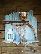 Dekorácie - Svietiaca námornícka polička z dreva - 13734457_