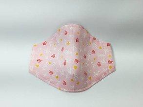 Rúška - Detské rúško ,vtáčiky na ružovej,skladom - 13743068_