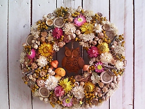 Dekorácie - Prírodný venček na dvere ...so sovičkou ... - 13746195_
