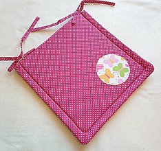 Textil - Podsedák na školskú stoličku č.13 (ružový s motýlikmi) - 13746333_