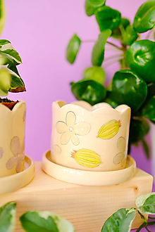 Nádoby - Kvetináč z kolekcie Každý deň (Egreše s mentolovými kvetmi) - 13746732_