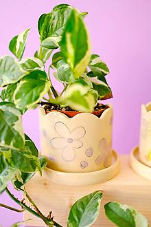 Nádoby - Kvetináč z kolekcie Každý deň (Čučoriedky s lilavými kvetmi) - 13746734_