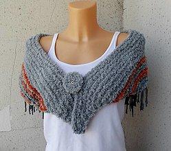 Šatky - pletená šatka Daja so strapcami - 13748103_