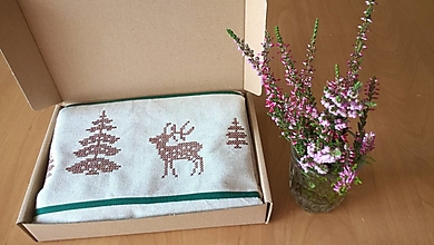 Úžitkový textil - Ľanová štóla a utierka s poľovníckou výšivkou - 13749292_