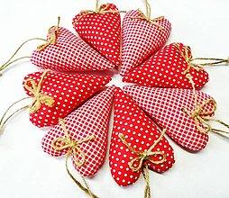 Dekorácie - Vianočné srdiečka - 13750356_