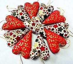 Dekorácie - Vianočné srdiečka - 13750385_