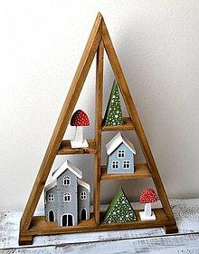 Dekorácie - Vianočný stromček-drevený s farebnými dekoráciami - 13752578_