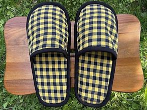 Ponožky, pančuchy, obuv - Kockaté papuče - 13761893_
