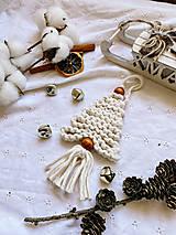 Dekorácie - Macramé vianočný stromček  - 13771009_