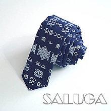Doplnky - Folklórna slim kravata - ČIČMANY - tmavo modrá - 13774400_