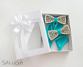 Doplnky - Darčekový balíček - kazeta - pánsky motýlik a dámsky motýlik drevený - azúrový - set pre pár - 13774420_