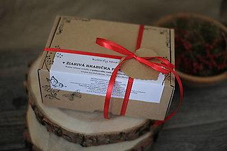 Svietidlá a sviečky - MAČKA VO VRECI = sviečky v krabici :-) - 13774348_
