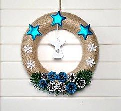 Dekorácie - Vianočný veniec ❄️ - 13776338_