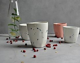 Nádoby - Šálka, hrnček, pohár bielo-zelený - 13774788_