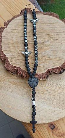 Náramky - Prívesok alebo amulet do auta  na želanie s textom menom alebo dátumom aj farebne podľa vašeho priania použitý lávové sr - 13778115_