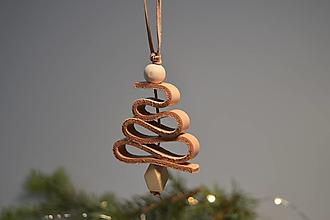 Dekorácie - Leather tree ornament - stromček (Leather tree ornament - stromček) - 13779645_