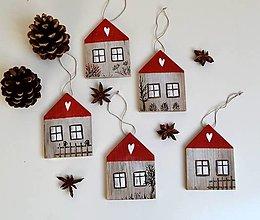 Dekorácie - Drevené ozdoby-domčeky-ručne maľované - 13777700_