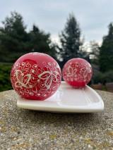 Kresby - Vianoce - červené vianočné gule - 13780641_
