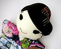 Hračky - Maňuška Japonka v (NE)tradičnom kimone (na objednávku) - 13781441_