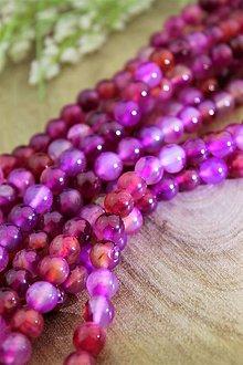 Minerály - achát fuchsia multicolor korálky 8mm - 13781460_