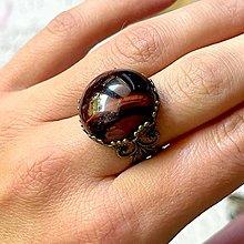 Prstene - Vintage Red Tiger Eye Ring / Prsteň s červeným tigrím okom v bronzovom prevedení - 13794320_