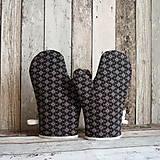 Úžitkový textil - Chňapky - Geometrie na černé (pár) - 13792964_