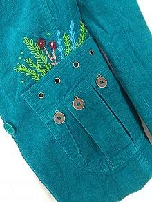 Kabáty - V lesnom zátiší (recykabátik s ručnou výšivkou) - 13799860_