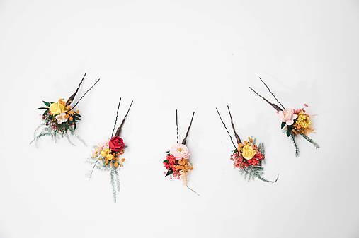 """Kvetinová aplikácia a vlásenky """"tajomstvá v lístí"""""""