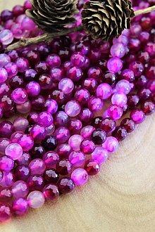Minerály - achát rubínový korálky 8mm (multicolor) - 13808656_
