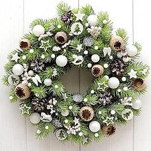 Dekorácie - Vianočný veniec do biela - 13806349_