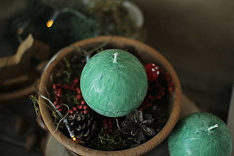 Svietidlá a sviečky - Sviečka zo 100% palmového vosku GUĽA (Zelená) - 13810945_