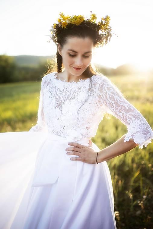 svadobné šaty Srdce z čepca