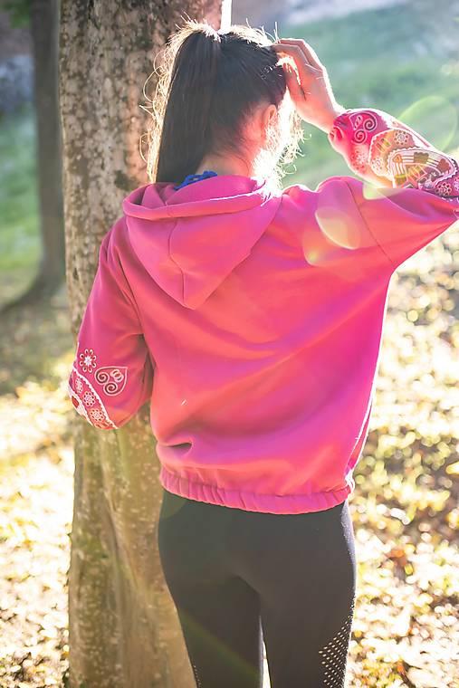 ružová vyšívaná mikina Srdce z čepca