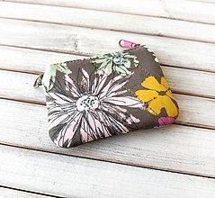 Kľúčenky - Kľúčenka Šedá s kvetmi - 13810242_
