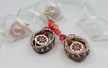 Dekorácie - Sada vianočných orieškov s vločkou - 13811449_