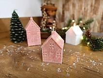Svietidlá a sviečky - Vianočný domček hnedý, malý - 13809889_