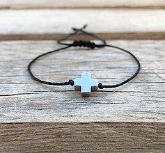 Šperky - Náramok krížik -  hematit - 13813058_