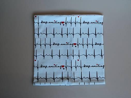 Dizajnový úpletový nákrčník EKG