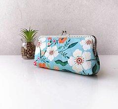 Peňaženky - Peňaženka XL s vreckom na zips Modrá kvetovaná - 13817020_