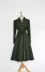 Bundy a kabáty - Bavlnený trenčkot s pogumovaným povrchom s kruhovou sukňou  - 13819886_