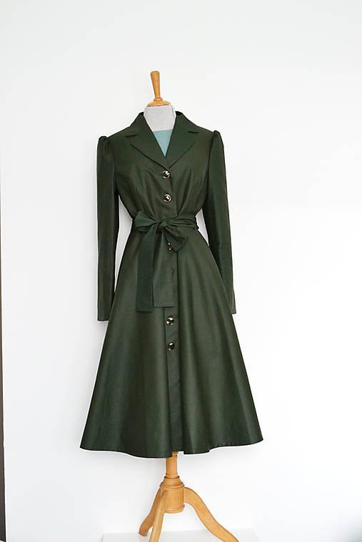 Bavlnený trenčkot s pogumovaným povrchom s kruhovou sukňou