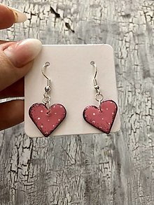 Náušnice - bodkované srdcia-ružové - 13817607_