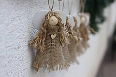 Dekorácie - Vianočný anjelik - chalupárske vianočné prírodné ozdoby - 13823924_