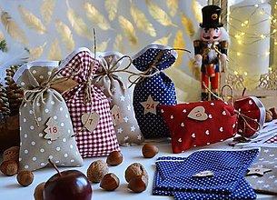 Dekorácie - Adventné vrecúška / adventný kalendár ČERVENÁ - MODRÁ - 13821024_