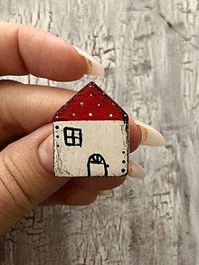 Brošne - maľovaný bodko domček - brošňa (červený menší) - 13821127_