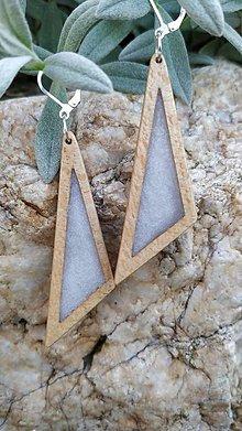 Náušnice - Drevené náušnice so živicou vyrobené z bukového dreva a háčiky sú zo striebra. .Rôzne farebné prevedenia aj na želanie - 13827033_