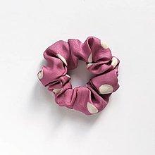 Ozdoby do vlasov - Recy-scrunchie ružová bodkovaná - 13825312_
