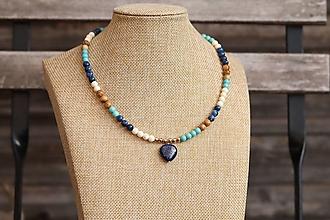 Náhrdelníky - Náhrdelník z minerálov a srdiečkom lapis lazuli - 13827175_