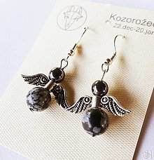 Náušnice - Náušnice anjeliky z liečivého kameňa hematitu a obsidiánu pre znamenie kozorožec - 13831404_
