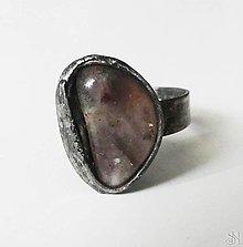 Prstene - Cínovaný prsteň s liečivým polodrahokamom machovým achátom - 13831527_